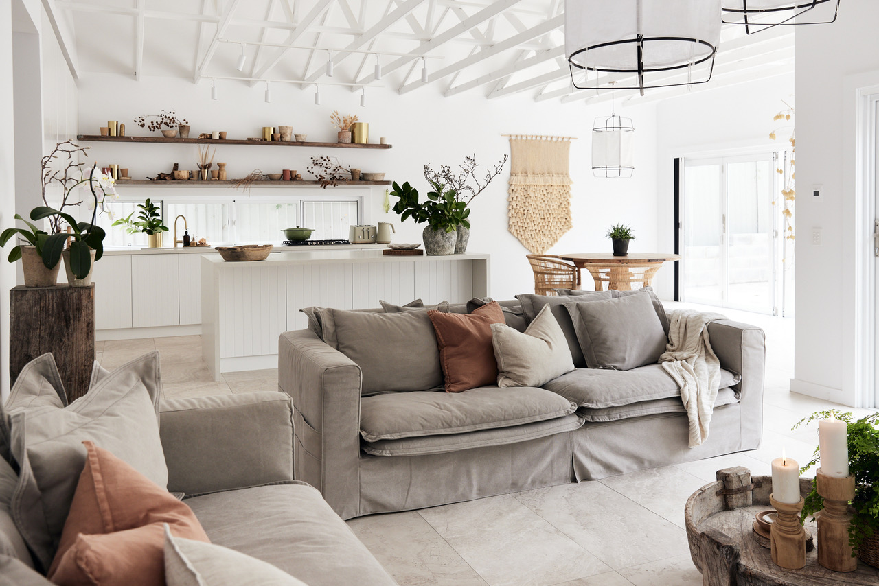 living-room-home-renovation-in-sutherland-shire